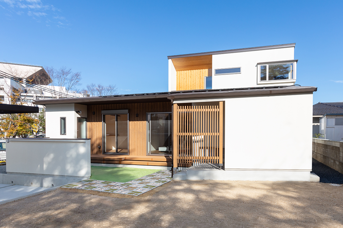 南昭和町の家
